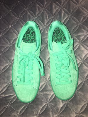 Puma green suede women shoes for Sale in Fremont, CA