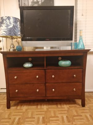 """Like New dresser/ TV stand for big TVs in great condition, all drawers sliding smoothly, pet free smoke free. L48""""*W18""""*H33"""" for Sale in Annandale, VA"""