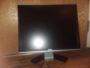 Dell 20 inch monitor for Sale in SeaTac, WA