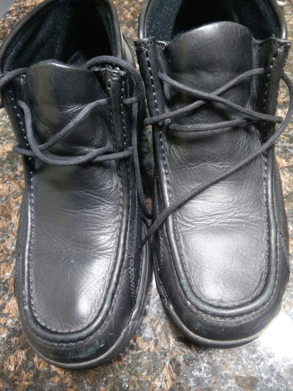 Men's Chuka leather boots