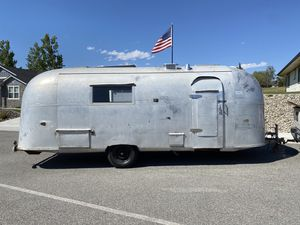 1960 Airstream land yacht camper for Sale in East Wenatchee, WA