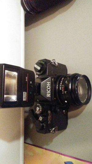Ricoh KR-5 Super with flash and 3 lenses it takes filem vintage for Sale in Gate City, VA
