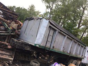 Dump trailer for Sale in Mentor, OH