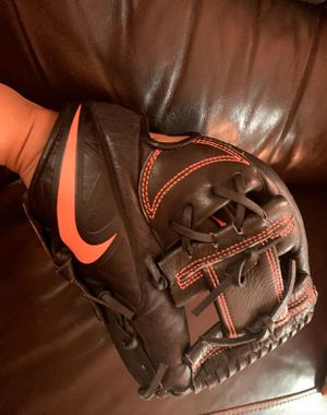 Nike Baseball glove size 11 for Sale in Los Angeles, CA