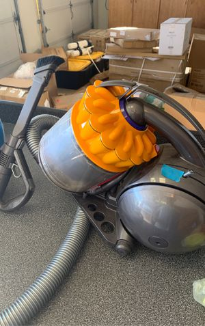 Dyson ball vacuum for Sale in Rancho Cucamonga, CA