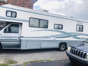 1999 TIOA RV With only 43,000 original miles on it that's unheard of for that year runs great wouldn't sell it so cheap if I didn't need the money wh for Sale in Louisville, KY