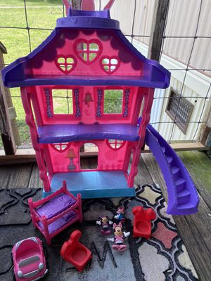Minnie Mouse Doll House for Sale in La Vergne, TN