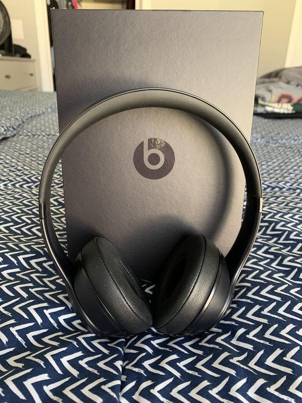 Beats Solo Wireless 3 Headphones