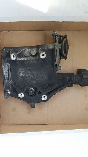 Honda d series AC bracket 1992-2000 civic del sol d15b d15z1 d16z6 d16y7 d16y8 for Sale in Lake Elsinore, CA