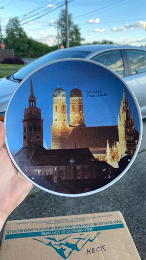 TOK Kunst-Palette Regitxloseau decorative plate for Sale in Philadelphia, PA