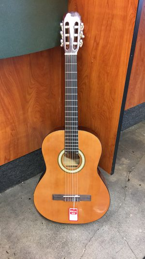 Melodi c-16 acoustic classical musical guitar for Sale in Whittier, CA