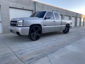 2006 Chevy SS Silverado on 28's Clean title (Real SS not clone) for Sale in Los Angeles, CA