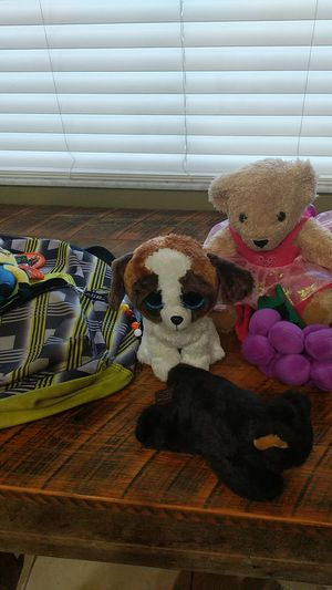 7 stuffed animals with backpack for Sale in Lithia, FL