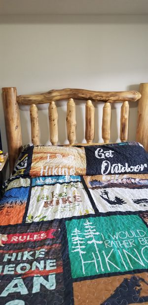 Hand made Log Furniture bedroom set in excellent condition for Sale in Monument, CO