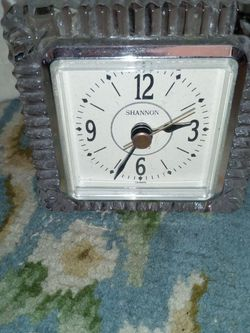 Shannon crystal clock 1982 for Sale in Columbus,  OH