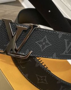 Louis Vuitton Reversible Eclipse belt size 30-36 for Sale in Silver Spring,  MD
