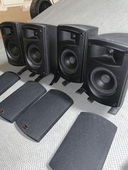 Klipsch Quintet 2.0 Bookshelf Speakers for Sale in Bakersfield,  CA