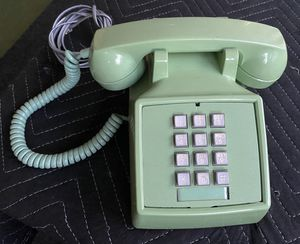 ITT vintage green landline telephone. Receives calls ok. Does not ring or dial out!! Possibly wired incorrectly. Being sold AS IS for Sale in Bradenton, FL