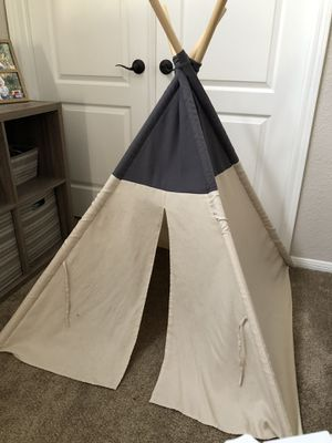 Large Tee Pee kids baby pets dog decor play toys for Sale in Corona, CA