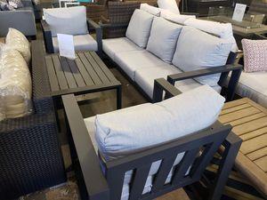 New macys aruba 4pc outdoor patio furniture set sunbrella fabric tax included for Sale in Hayward, CA