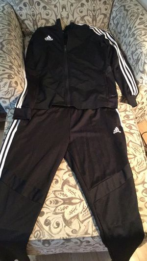 Adidas Sweatsuit for Sale in Columbus, OH