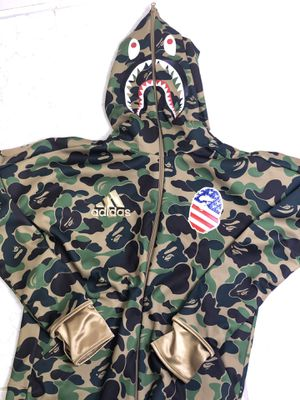 BAPE x Adidas shark hoodie size Medium. DEADSTOCK for Sale in Annandale, VA