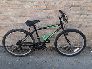 Schwinn sidewinder 24 hybrid road bike bicycle 18 speed kids for Sale in Chicago, IL