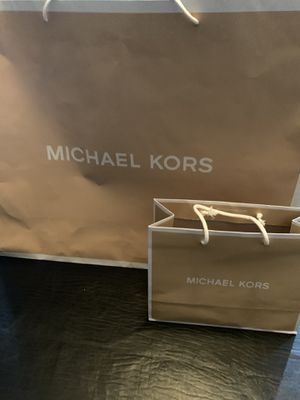 Michael Kors purse and wallet for Sale in Fort McDowell, AZ