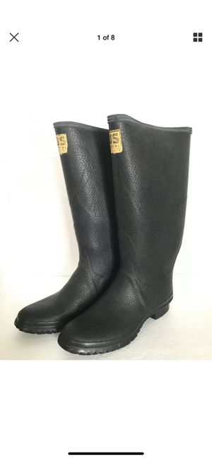 Size 10 US Royal Tempered Rubber Boots Vintage There is no size marked on the boot. They were tried on by a model and measured for size they fit a US for Sale in Schnecksville, PA