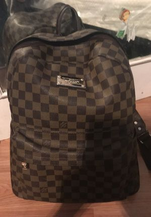 Louis Vuitton bag for Sale in Philadelphia, PA