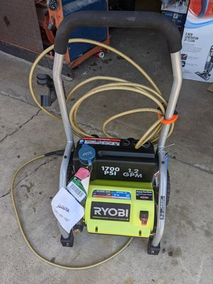 Pressure washer 1700 ps electronic for Sale in Delano, CA