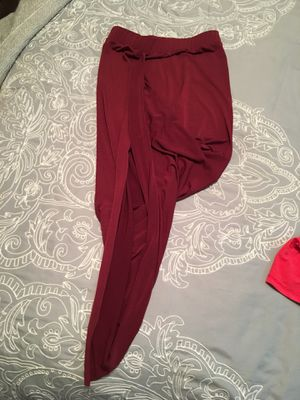 Slit pencil skirts, all 4 for $15. for Sale in Punta Gorda, FL