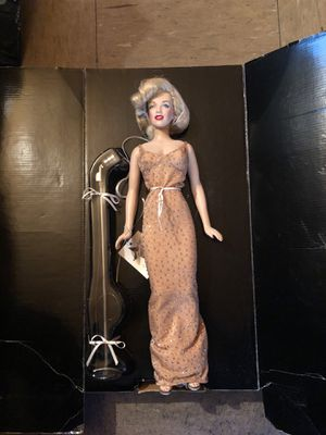 Franklin mint Marilyn Monroe for Sale in New York, NY