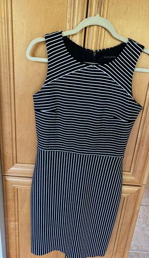 Woman's Banana Republic dress. Size 4 for Sale in Beaver Falls, PA
