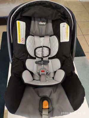 CHICCO KEYFIT 30 CAR SEAT WITH BASE for Sale in Palmetto, FL