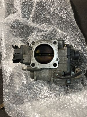 Toyota 4runner throttle body assembly for Sale in Philadelphia, PA