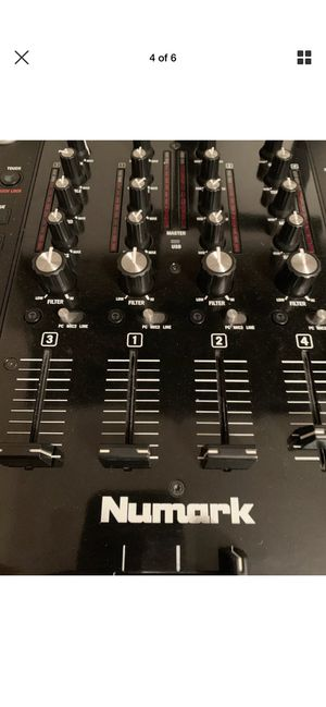 Numark NSX7II for Sale in Bedford, OH
