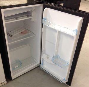 Refrigerator 3.3 Cu Ft Office Patio Efficiency Black Nevera Neverita Frío Negra for Sale in Virginia Gardens, FL