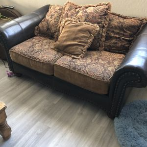 Couch And Living Room Set for Sale in Las Vegas, NV