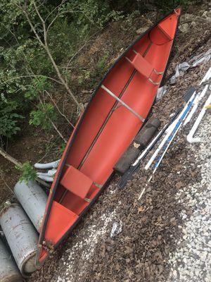 Canoe 🛶 Boat Canoe Hillsboro Missouri for Sale in Hillsboro, MO