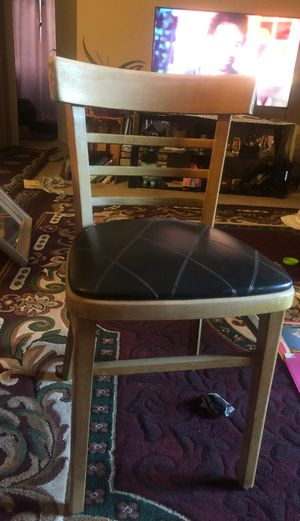 Chair for Sale in Pleasant Hill, CA