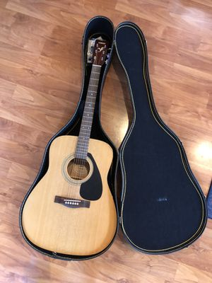 Yamaha F-310 Full Size Acoustic Guitar + Hard Case for Sale in Fremont, CA