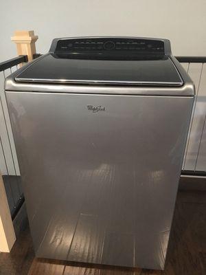 Whirlpool Cabrio High-Efficiency Washing Machine (Model #WTW8500DC0; needs repair) for Sale in Newburgh, IN
