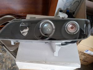 94-97 HONDA ACCORD BLACK HOUSING & ION PROJECTOR  - HALO RIM HEADLAMP for Sale in Wellington, FL
