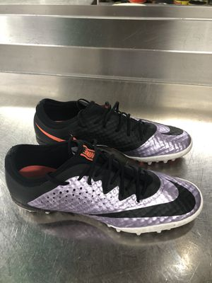 PRE-OWNED IN GOOD CONDITION NIKE INDOOR SOCCER ⚽️ SHOES SIZE-8 MENS for Sale in Savage, MD