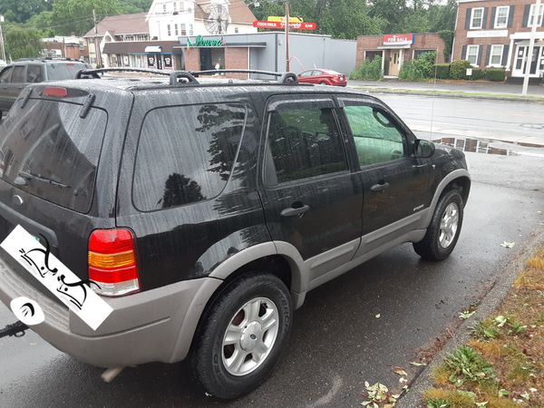 2001 Ford Escape V.6. XLT Fully Loaded