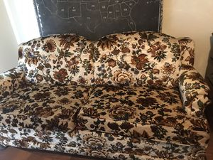 Couch for Sale in Scottdale, GA