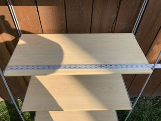 Ladder Shelf Bookcase for Sale in MERRIONETT PK,  IL