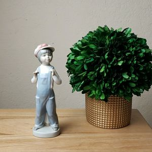 Vintage Lladro #4898 Boy from Spain Figurine for Sale in Redmond, WA