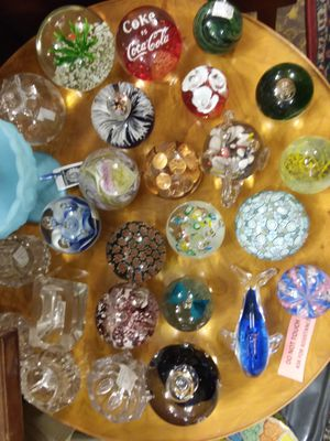Mixed lot of paperweights for Sale in Kinston, NC